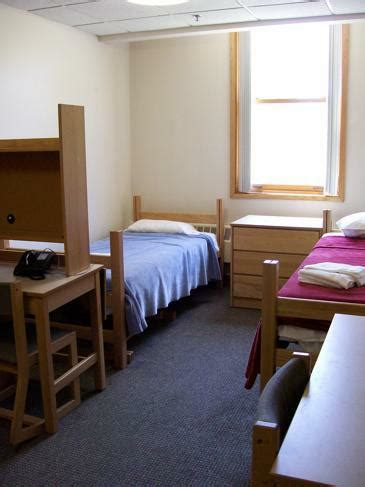 30 Mac - Residential Life - Macalester College