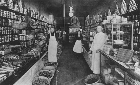 Interior of grocery store | Hekman Digital Archive