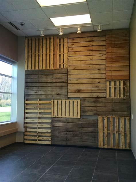 Pallet Focal Wall • 1001 Pallets   Wood pallet wall, Wood