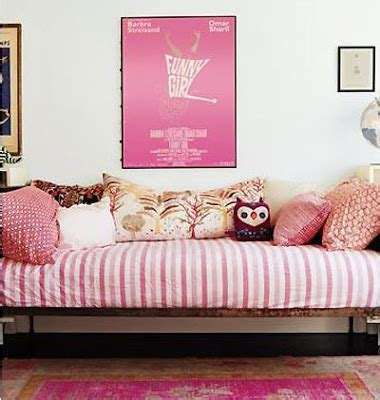 Tiny-Ass Apartment: The Reverse Sofabed: The Bed-Sofa
