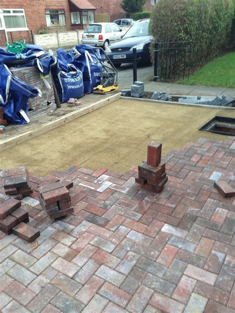 AR Paving: Driveway Specialist (Paved & Loose Surface